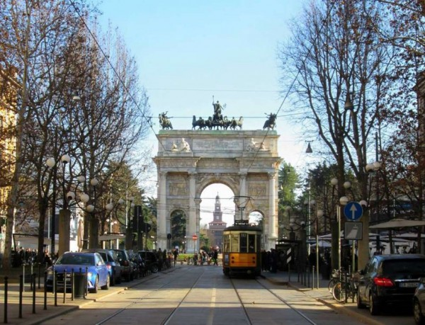 Locale Commerciale  in vendita a Milano, Corso Sempione / Proccaccini, Arredato, 160 mq - Foto 1