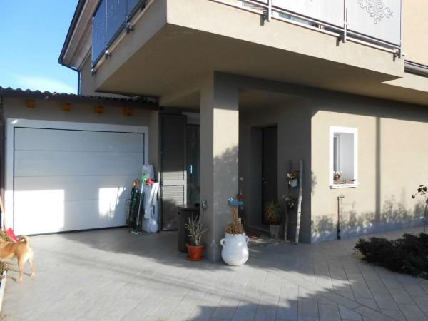 Villa in vendita a Bagnolo Cremasco, Residenziale, Con giardino, 200 mq