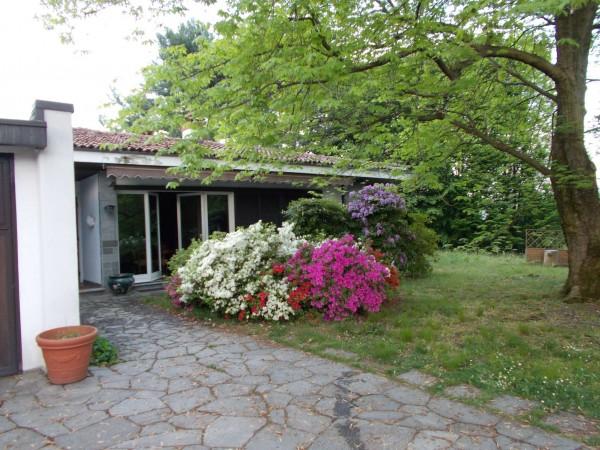 Villetta a schiera in vendita a Olgiate Comasco, Arredato, con giardino, 240 mq - Foto 1