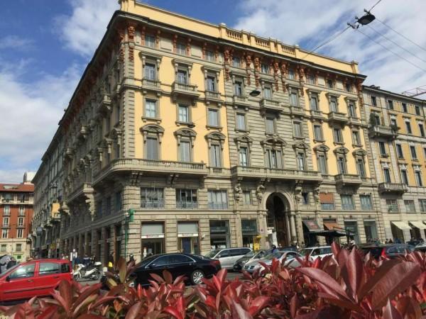 Locale Commerciale  in vendita a Milano, Porta Venezia, Arredato, 51 mq