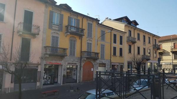 Ufficio in vendita a Gavirate, Centro Città Vicinanze Stazione, 72 mq