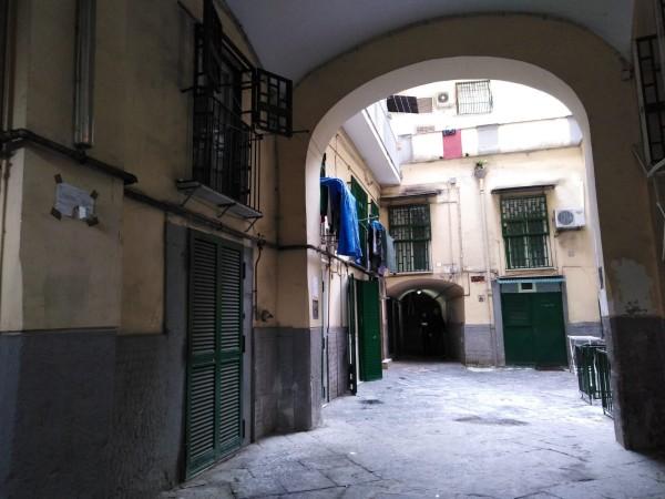 Appartamento in vendita a Napoli, Stella/sanità, 65 mq
