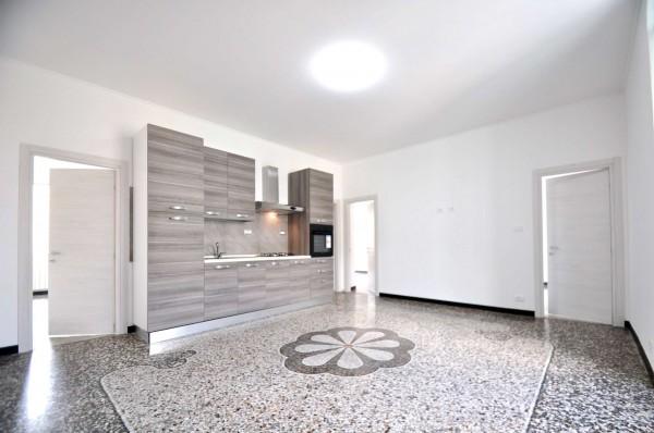 Appartamento in vendita a Genova, Sestri Ponente, 110 mq - Foto 1