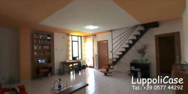 Appartamento in vendita a Siena, 140 mq