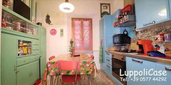 Appartamento in vendita a Sovicille, 87 mq