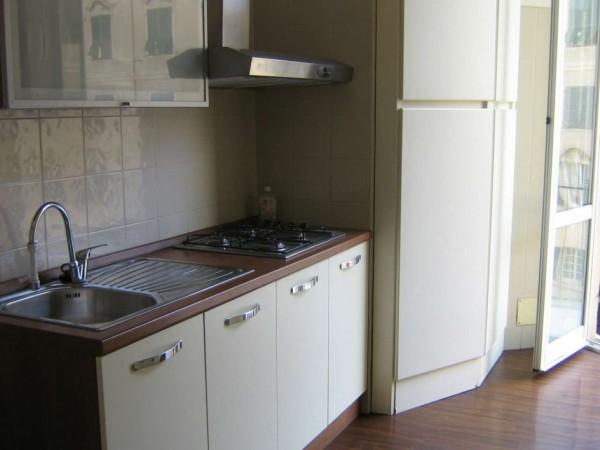 Appartamento in affitto a Genova, Centro, 80 mq