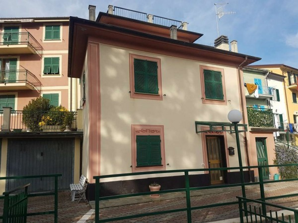 Appartamento in affitto a Carasco, Residenziale, Con giardino, 80 mq
