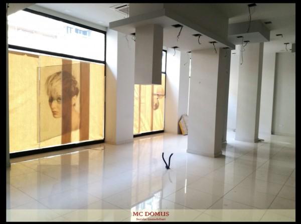 Negozio in affitto a Milano, Gambara, 150 mq - Foto 1
