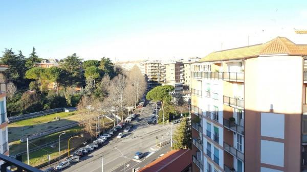 Appartamento in vendita a Roma, Prati Fiscali, Con giardino, 72 mq