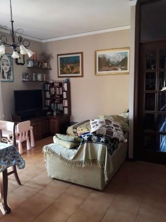 Appartamento in vendita a Modena, Con giardino, 120 mq