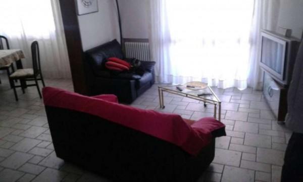 Appartamento in vendita a Modena, 150 mq