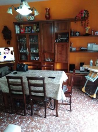 Appartamento in vendita a Modena, 90 mq