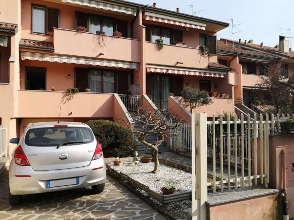 Villetta a schiera in vendita a Vimodrone, Cernusco Sul Naviglio, Con giardino, 230 mq