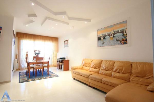 Appartamento in vendita a Taranto, 4 - Solito, Corvisea, Taranto 2, Salinella, 111 mq