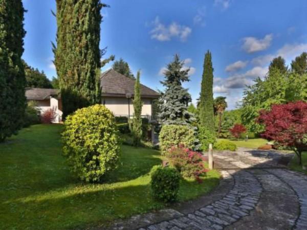 Villa in vendita a Buguggiate, Caslera, Con giardino, 482 mq - Foto 1