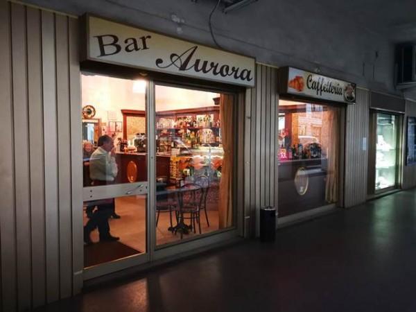 Locale Commerciale  in vendita a Asti, Asti, 70 mq