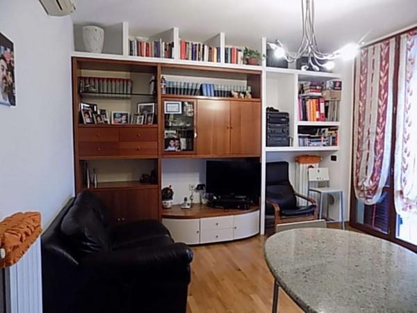 Appartamento in vendita a Limbiate, 67 mq