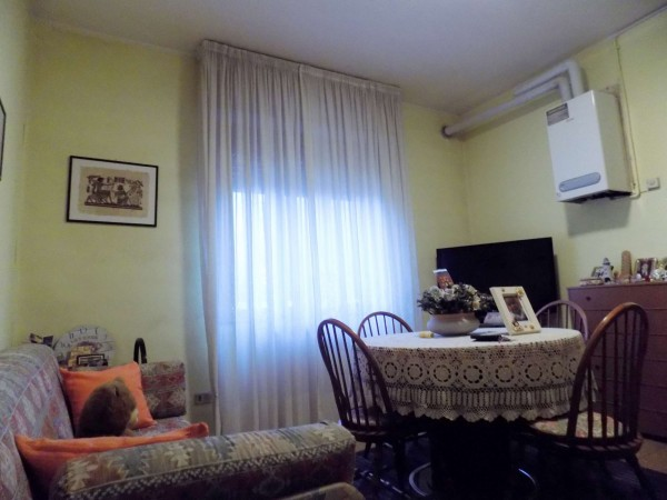 Appartamento in vendita a Senago, 60 mq