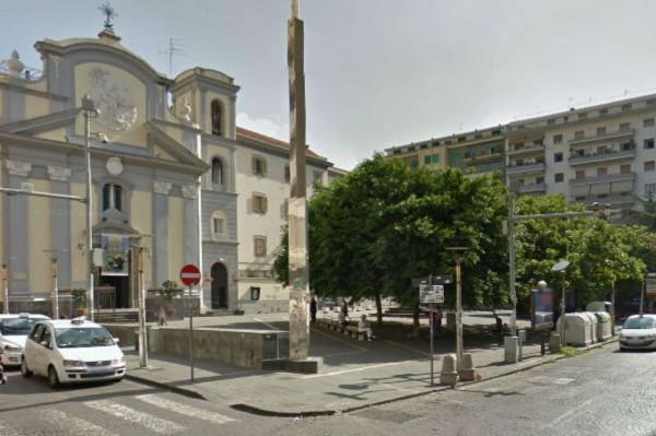 Appartamento in vendita a Napoli, 50 mq