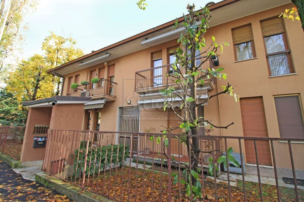 Appartamento in vendita a Cassano d'Adda, Centro, Con giardino, 83 mq