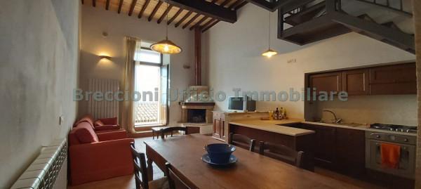 Appartamento in vendita a Trevi, Centro Storico, 110 mq