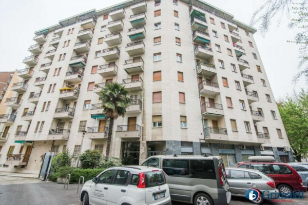 Ufficio in vendita a Milano, 65 mq