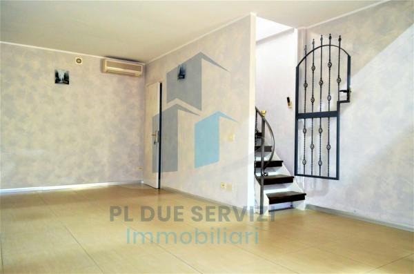 Locale Commerciale  in affitto a Marino, Santa Maria Delle Mole, 80 mq - Foto 11