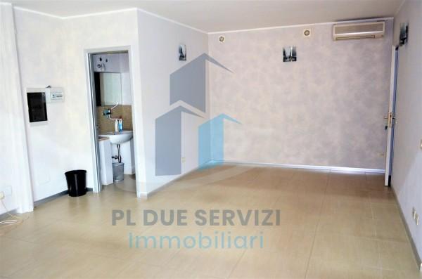Locale Commerciale  in affitto a Marino, Santa Maria Delle Mole, 80 mq - Foto 8