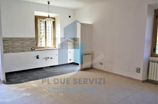 Casa indipendente in vendita a Marino, Santa Maria Delle Mole, Con giardino, 60 mq