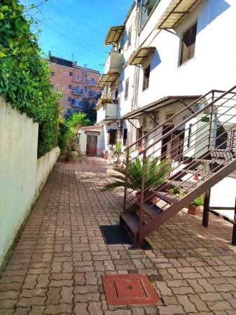 Appartamento in vendita a Roma, Quadraro, 50 mq