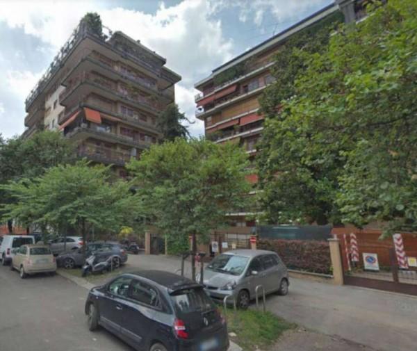 Appartamento in vendita a Milano, Vecchia Fiera, 80 mq
