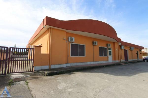 Locale Commerciale  in affitto a Taranto, Lama, Con giardino, 370 mq - Foto 3