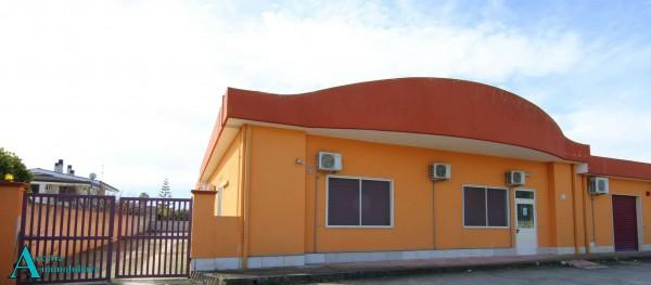 Locale Commerciale  in affitto a Taranto, Lama, Con giardino, 370 mq - Foto 1