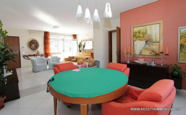 Appartamento in vendita a Taranto, Rione Laghi - Taranto 2, Con giardino, 224 mq
