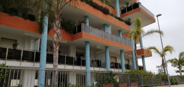 Appartamento in vendita a Triggiano, 83 mq