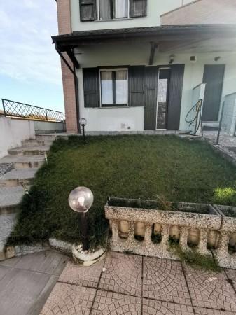 Appartamento in vendita a Crespiatica, Residenziale, Con giardino, 81 mq