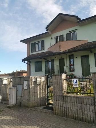 Appartamento in vendita a Crespiatica, Residenziale, Con giardino, 81 mq - Foto 2