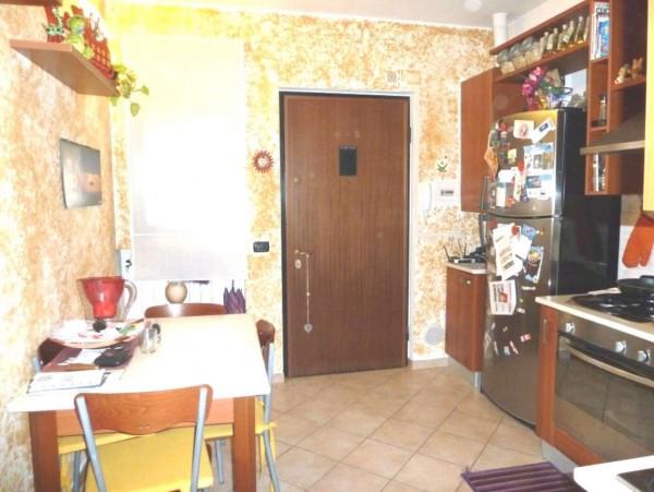 Appartamento in vendita a Locate di Triulzi, Centro Commerciale, 40 mq
