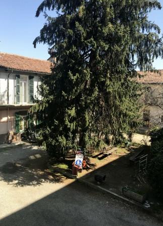 Appartamento in vendita a Venaria Reale, Centro Storico, Con giardino, 101 mq