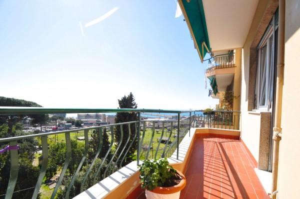 Appartamento in vendita a Genova, Multedo, Con giardino, 125 mq