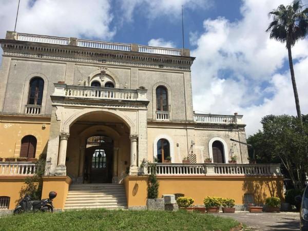 Appartamento in vendita a Portici, Con giardino, 85 mq