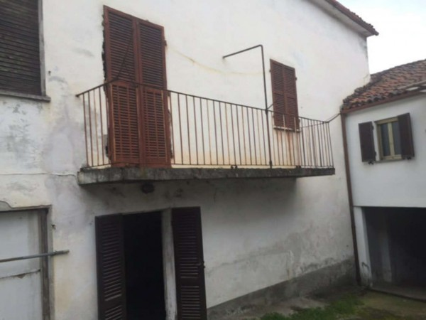 Casa indipendente in vendita a San Salvatore Monferrato, 100 mq
