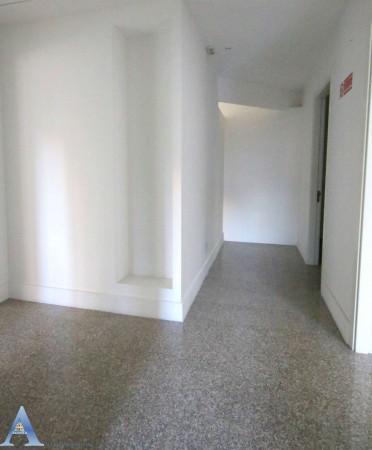 Ufficio in vendita a Taranto, Rione Italia, Montegranaro, 209 mq - Foto 13