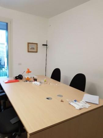 Ufficio in affitto a Milano, 45 mq