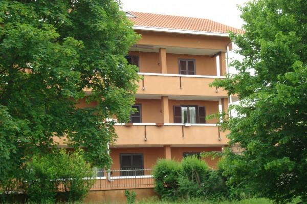 Appartamento in vendita a Cesate, 85 mq