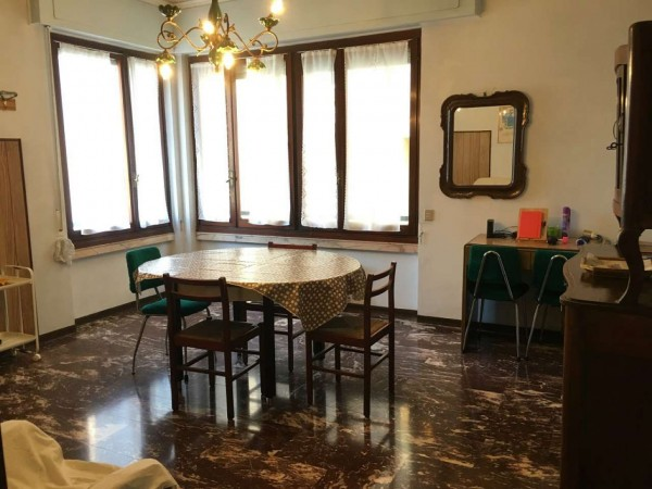 Appartamento in vendita a Chiavari, Centro, 65 mq