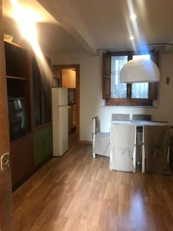 Bilocale in affitto a Napoli, Vomero, 50 mq