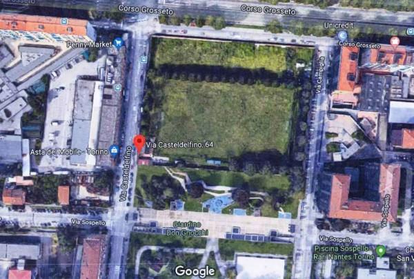 Locale Commerciale  in vendita a Torino, Borgo Vittoria, 15000 mq