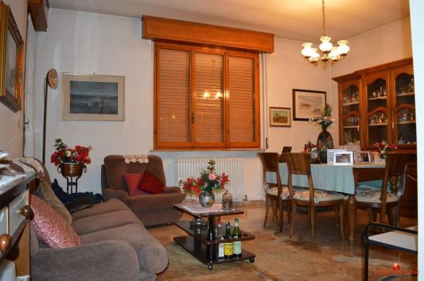 Appartamento in vendita a Forlì, Piscina, Con giardino, 130 mq