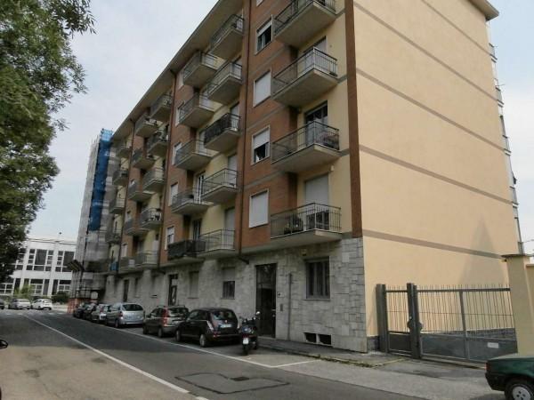 Appartamento in affitto a Rivoli, Cascine Vica, 50 mq